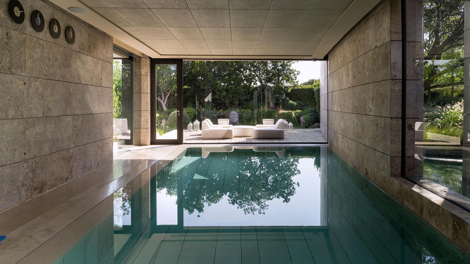 LAFINCA Real Estate